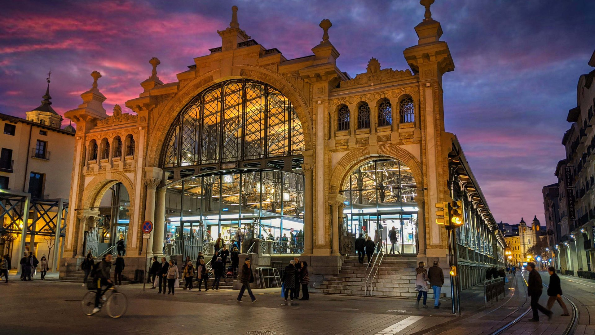 Mercado central de Zaragoza - Adrian Sediles Embi