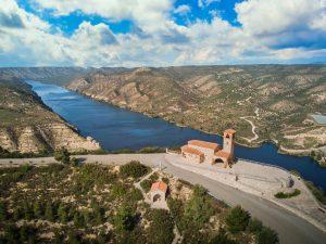 Ermita de Nuestra Señora del Pilar en Fayón - Adrian Sediles E