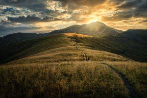 Amanecer sobre el Pico Bachimala 3177m - Adrian Sediles Embi